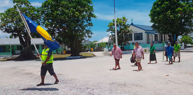 Nukunonu delegation arrive at Fale fono-web